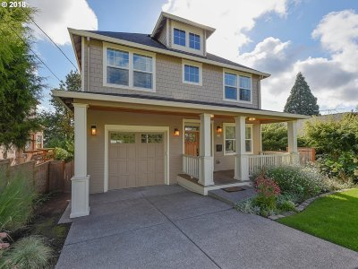 Portland Single Family Home For Sale: 8214 SW 6th Ave