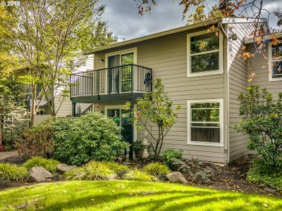 Beaverton Condo/Townhouse For Sale: 5484 SW Alger Ave #G-4