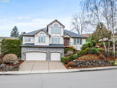West Linn Single Family Home For Sale: 25730 Kimberly Dr