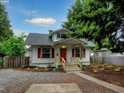 Portland Single Family Home For Sale: 8514 N Van Houten Ave