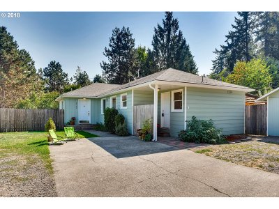 West Linn Single Family Home For Sale: 2140 Hammerle St