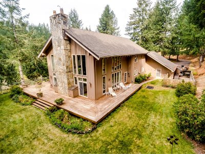 Lorane Single Family Home For Sale: 27415 Siuslaw River Rd
