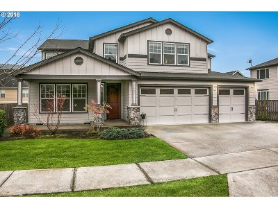 Happy Valley Single Family Home For Sale: 14662 SE Pebble Beach Dr