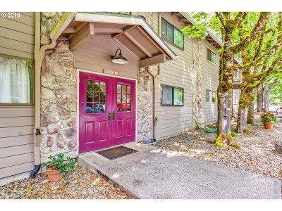Condo/Townhouse For Sale: 3214 SW Carson St
