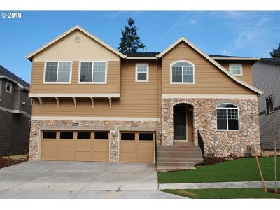 Milwaukie, Clackamas, Happy Valley Single Family Home For Sale: 14523 SE Vista Heights St
