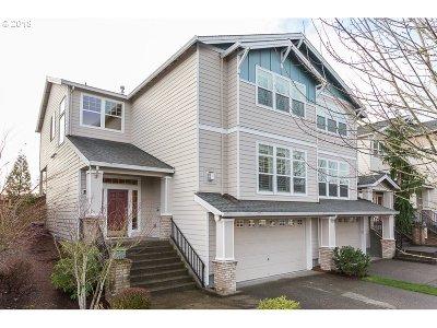 Beaverton Single Family Home For Sale: 15620 SW Snowy Owl Ln