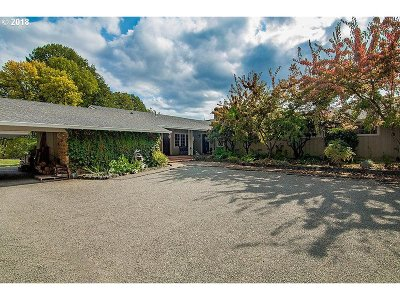 Yoncalla Single Family Home For Sale: 728 Scotts Valley Rd