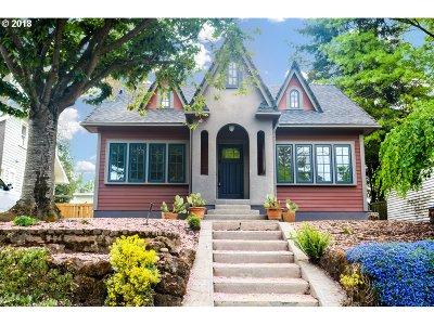 Portland Single Family Home For Sale: 4322 NE 32nd Ave