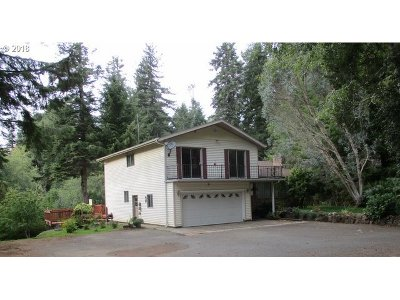 Coos Bay Single Family Home For Sale: 95031 Myrtlewood Ln