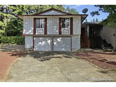 Gresham Single Family Home For Sale: 3020 SW 15th Ct