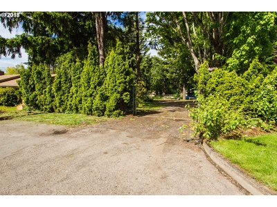 Milwaukie Residential Lots & Land For Sale: SE 49th Ave