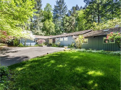 Portland Single Family Home For Sale: 550 SW Glen Rd