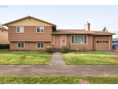 Single Family Home For Sale: 3425 SE 159th Ave