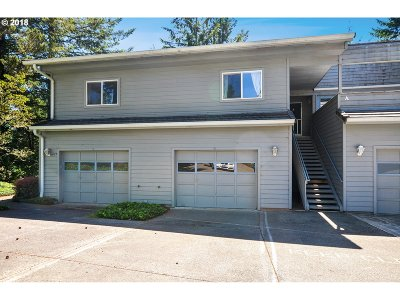 Brookings Condo/Townhouse For Sale: 1455 Seacrest Ln #3A