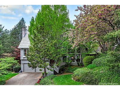 Lake Oswego Single Family Home For Sale: 3612 Tempest Dr