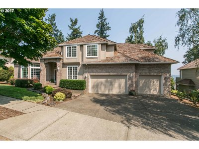West Linn Single Family Home For Sale: 3455 Vista Ridge Dr