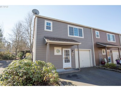 Tualatin Single Family Home For Sale: 7123 SW Sagert St #101