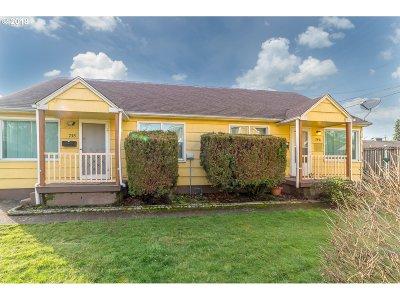 Eugene Multi Family Home For Sale: 752 Madison St