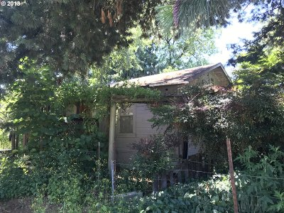 Columbia City Single Family Home For Sale: 2205 Second St