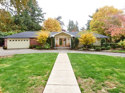Portland Single Family Home For Sale: 7750 SW Linden Rd