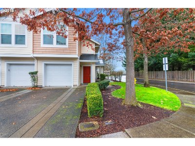 Beaverton Single Family Home For Sale: 7173 SW Manor Way #C