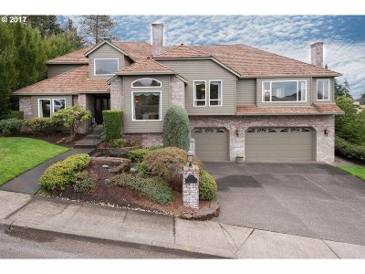 Happy Valley Single Family Home Pending: 9385 SE Dundee Dr