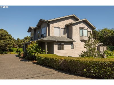 Bandon Single Family Home For Sale: 3121 Beach Loop Dr SW