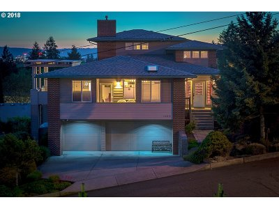 Vancouver Single Family Home For Sale: 1408 Grand Pl
