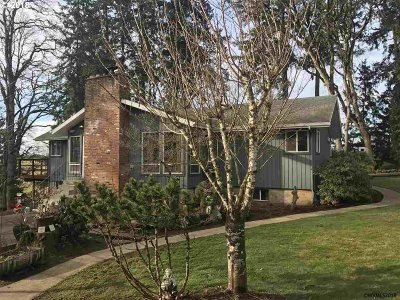 Aumsville Single Family Home Sold: 6924 Shaw Hwy