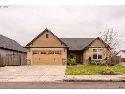 Springfield Single Family Home For Sale: 1199 S 40th Pl