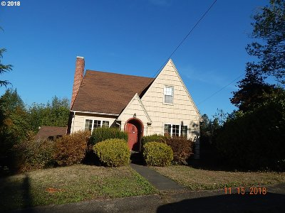 Coquille OR Single Family Home For Sale: $134,400
