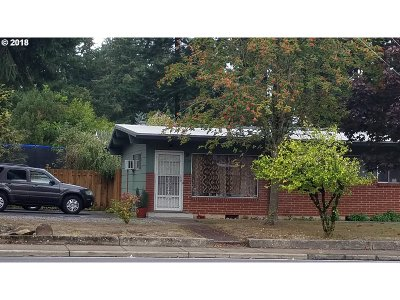Portland OR Multi Family Home For Sale: $445,000