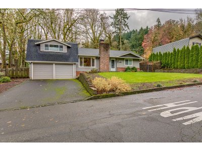 West Linn Single Family Home For Sale: 2934 Mark Ln