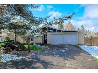 Beaverton Single Family Home For Sale: 6955 SW 130th Ave