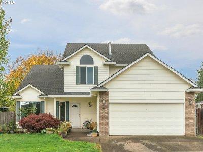 Oregon City Single Family Home For Sale: 19139 Pine Pl