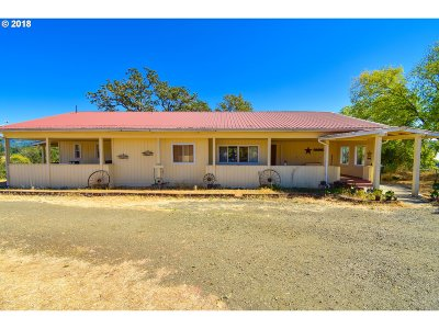 Oakland Single Family Home For Sale: 6261 Fort McKay Rd
