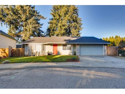 Canby Single Family Home For Sale: 1262 S Cedar Loop