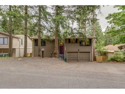 Cowlitz County Single Family Home For Sale: 2685 Maplewood Dr