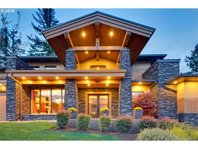 Clackamas County Single Family Home For Sale: 2051 Wembley Park Rd