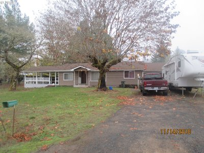 Yoncalla Single Family Home For Sale: 9189 Hayhurst Rd