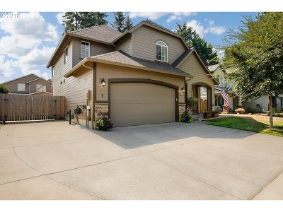 Clackamas County Single Family Home For Sale: 1331 SE 9th Ave