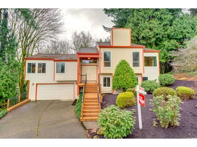 West Linn Single Family Home For Sale: 3181 Cottonwood Ct