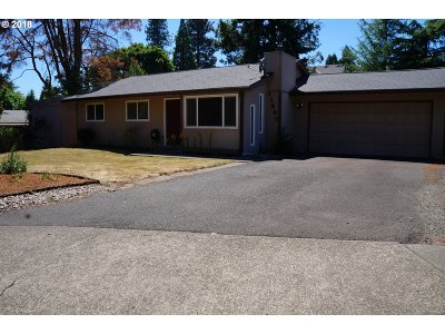 Tigard Single Family Home For Sale: 11560 SW Timothy Pl