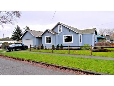 Cowlitz County Single Family Home For Sale: 1200 S 5th Ave