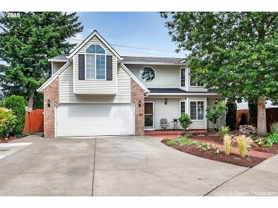 Single Family Home For Sale: 4394 SE Pine Way