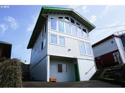 Lincoln City Single Family Home For Sale: 6248 NE Logan Rd