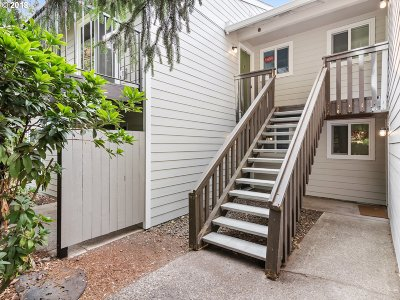Beaverton Condo/Townhouse For Sale: 5484 SW Alger Ave #G5