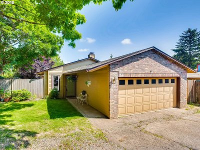 Portland Single Family Home For Sale: 4019 SW Alfred St