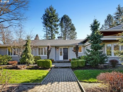 Portland Single Family Home For Sale: 4460 SW 78th Ave