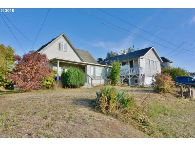 Coos Bay Multi Family Home For Sale: 408 9th Ave